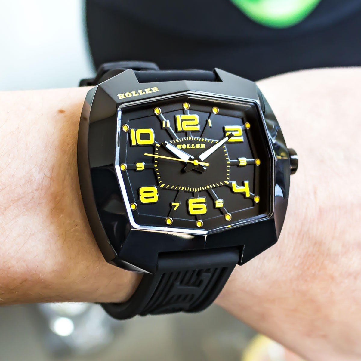 De Lite Black & Yellow Watch