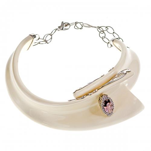 Belle Etoile White Isabelle Necklace