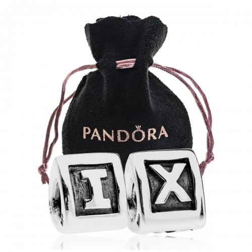 Pandora I X Charm Gift Set