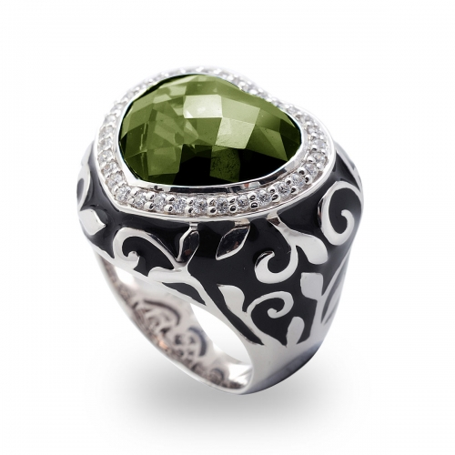 Belle Etoile Royale Heart Green Ring