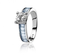 Zinzi Silver Ring with Blue Zirconia Set Band